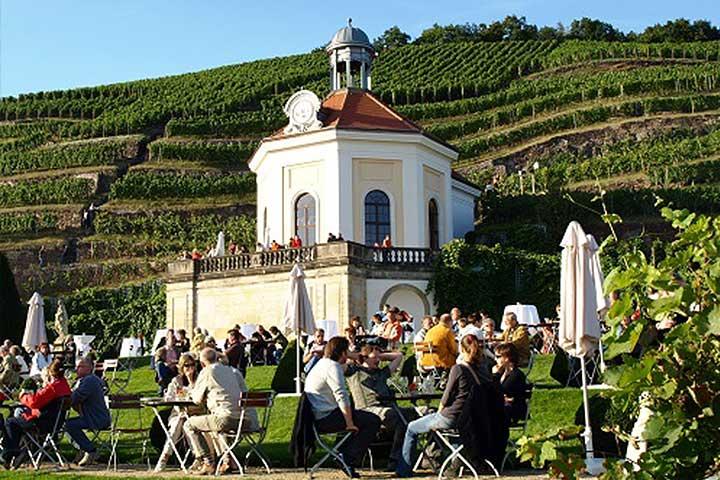 Gruppenreisen Sachsentraeume - Dresden entdecken & genießen auf Schloss Wackerbarth