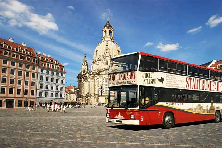 Stadtrundfahrt Dresden - Haltestelle Frauenkirche