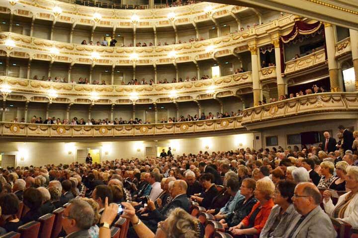 Dresden-Tourist - Theater, Opern & Konzerte in Dresden