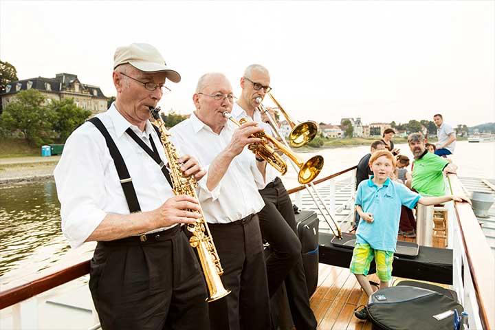 Dixielandfahrt | Mit flotter Livemusik an Bord